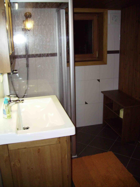 Hofstatt - Altes badezimmer ...